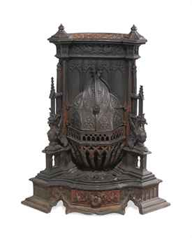 VICTORIAN CAST-IRON STOVE | OF GOTHIC STYLE, LATE 19TH CENTURY