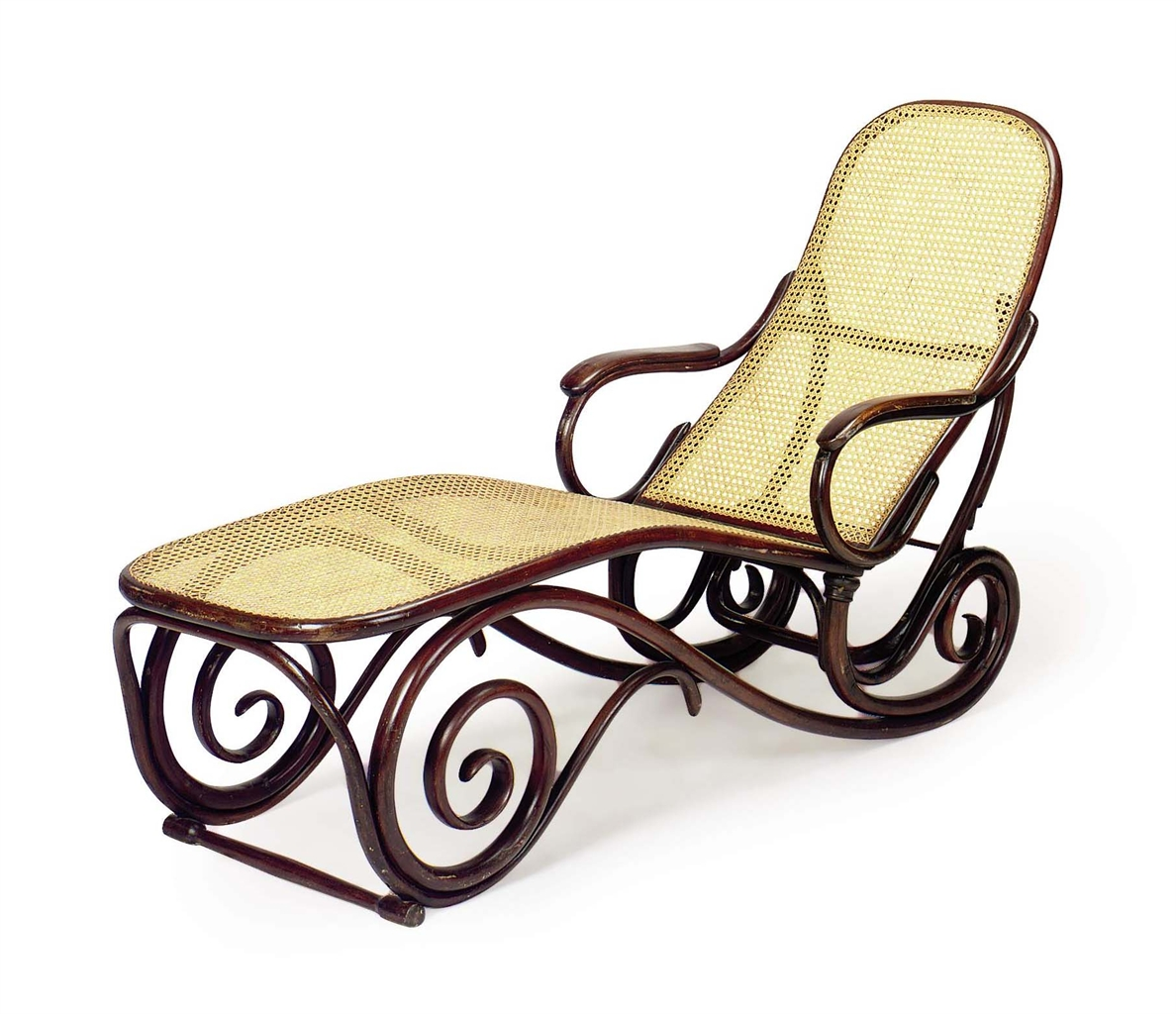 A viennese bentwood and caned chaise lounge by thonet for Chaise bentwood