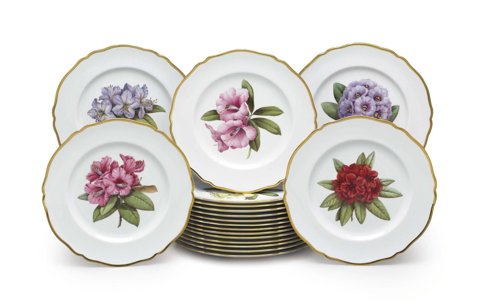 Eighteen Spode Porcelain Botanical Place Plates Circa