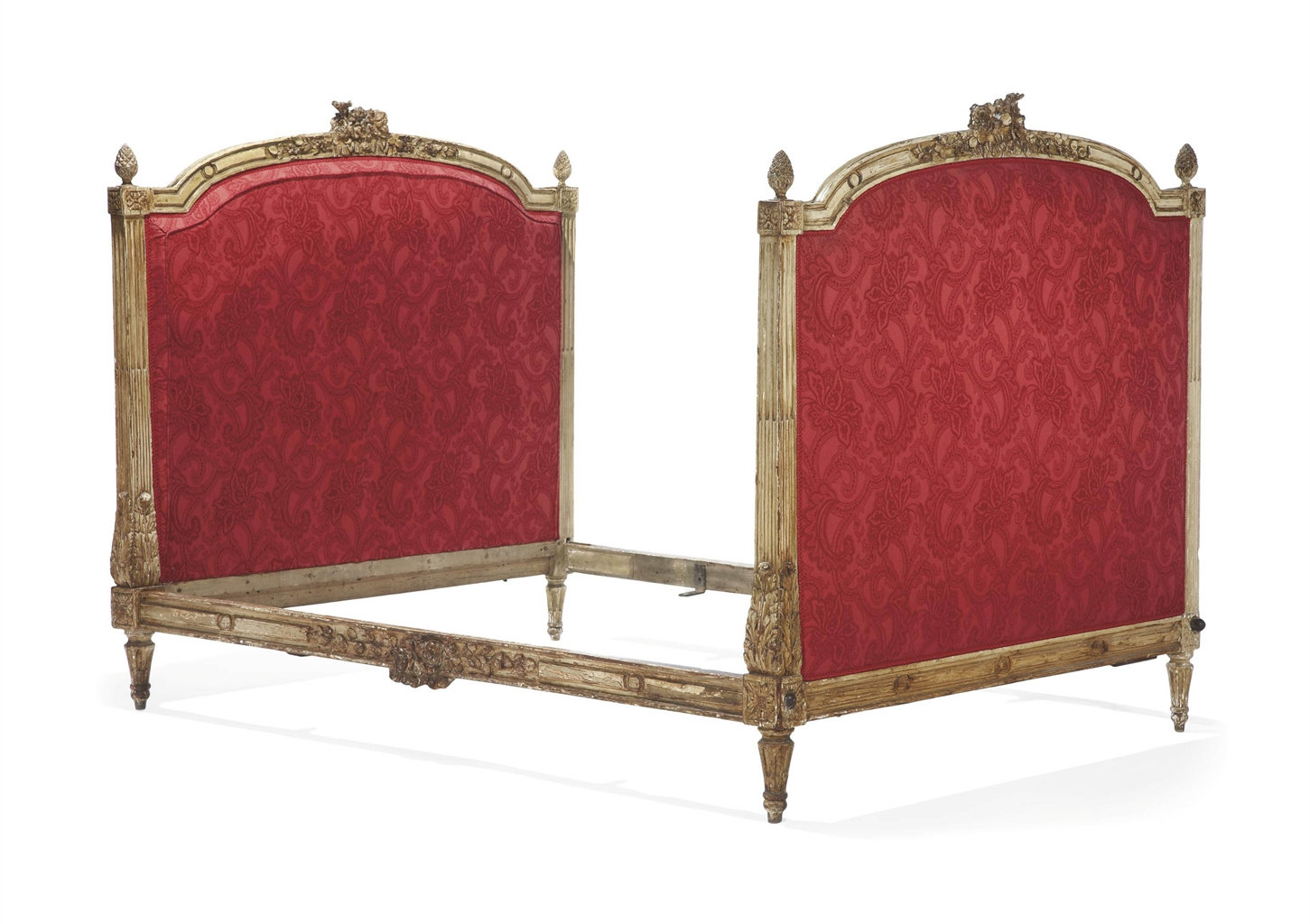 lit d 39 epoque louis xvi estampille de pierre magdeleine pluvinet troisieme quart du xviiieme. Black Bedroom Furniture Sets. Home Design Ideas