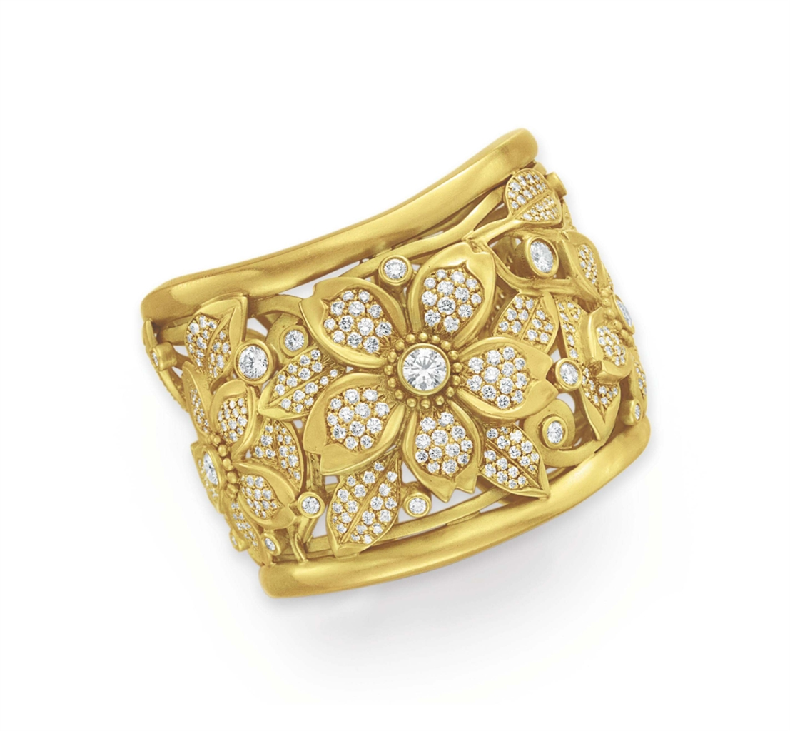A diamond and gold cuff bracelet by barry kieselstein for Barry kieselstein cord jewelry