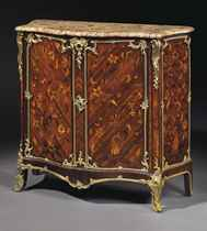 A LOUIS XV ORMOLU-MOUNTED TULIPWOOD, PURPLEWOOD AND MARQUETRY COMMODE A VANTAUX
