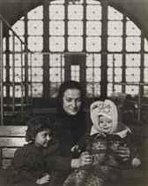 An Ellis Island Madonna (Russian family), c. 1905