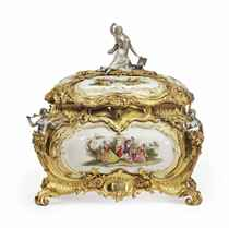 A LARGE ORMOLU AND SILVERED-BRONZE MOUNTED PORCELAIN JEWEL C