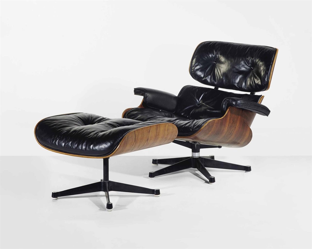 Charles 1907 1978 and ray eames 1912 1988 39 lounge for Mobilier international eames