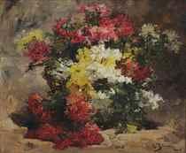An autumn bouquet in a basket