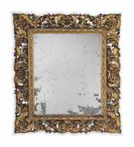 AN ITALIAN GILTWOOD RECTANGULAR MIRROR