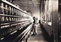 Girl working in a Carolina cotton mill, 1908