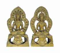 A PAIR OF GILT-BRONZE SEATED FIGURES OF AMITAYUS