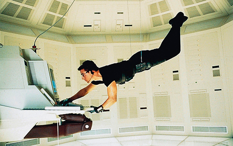 Want to hang like Tom Cruise