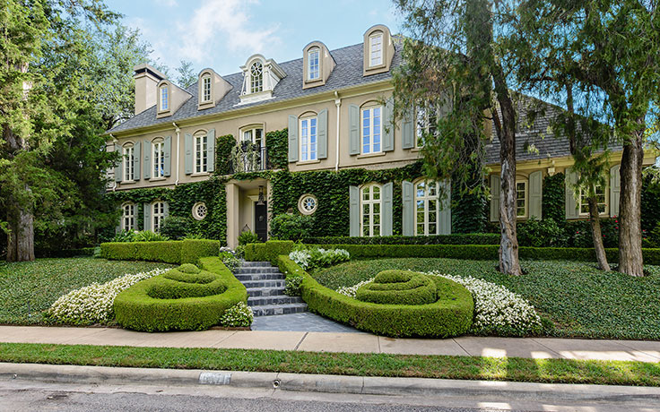 Luxury living french ch teau style architecture christie 39 s for French chateau style