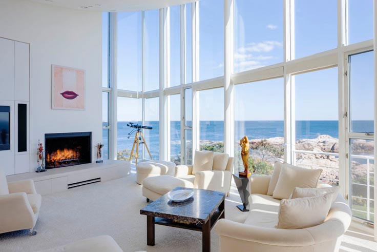 Luxury Living: Ultra Contemporary