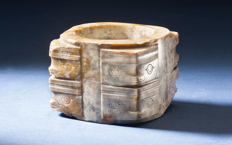 Archaic jade carvings from the