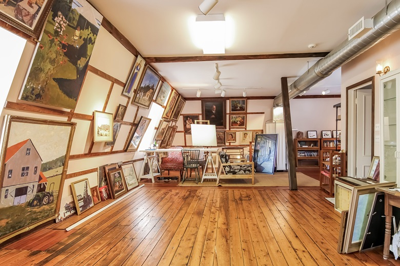 Luxury Living Art Galleries Artists Studios