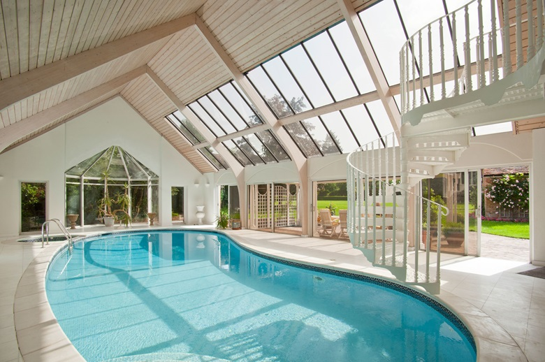 how to build an indoor swimming pool