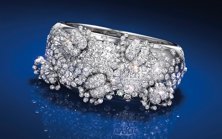 Fashion history:  Jewels that  auction at Christies