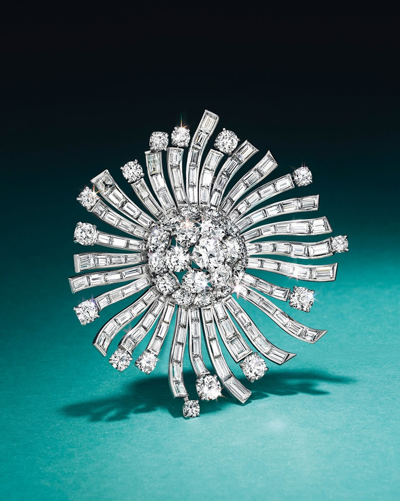 A diamond brooch, by Van Cleef & Arpels. Estimate $20,000–30,000. This piece is offered in Magnificent Jewels & the Jubilee Ruby on 20 April at Christie's New York