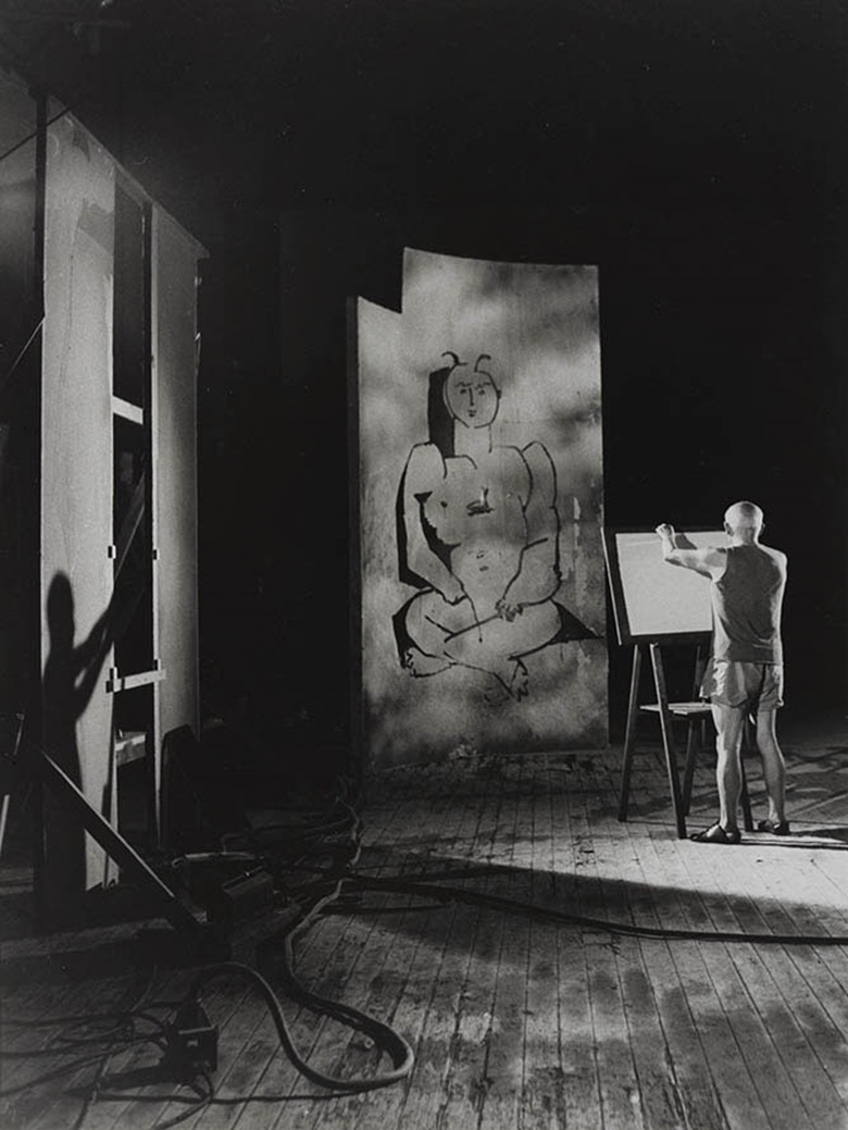 André Villers, Picasso au Travail, 1955. Tirage gélatino-argentique. Photo © André Villers, Adagp, Paris 2016Coll. Bibliothèque Nationale de France © Succession Picasso