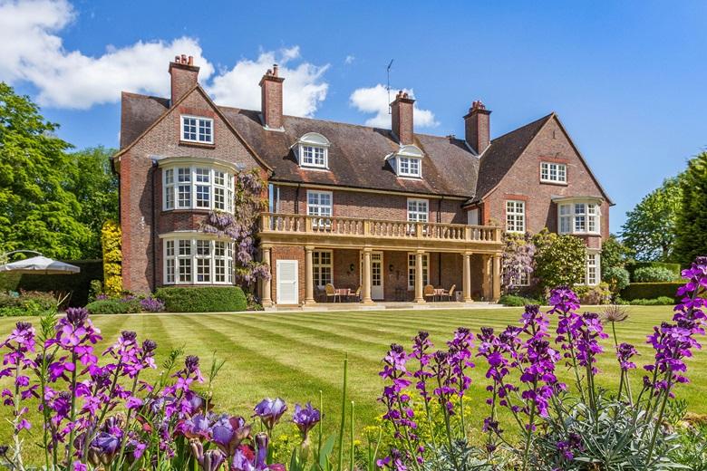 British Estates Luxury Living Christie S