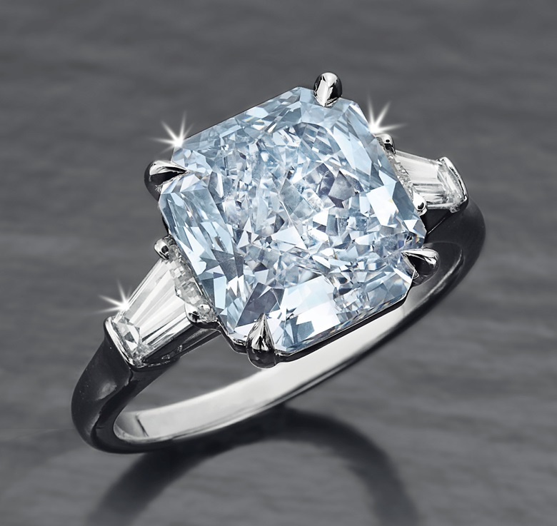 A coloured diamond and diamond ring. Sold for $2,045,000 on 10 December 2014