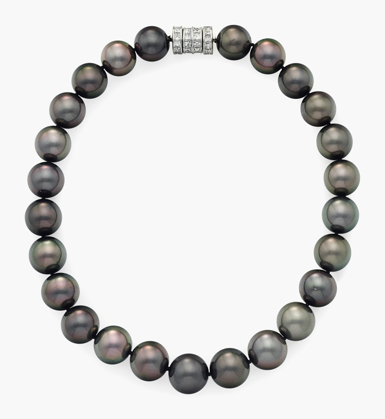 A single-strand black cultured pearl necklace. Of 25 black cultured pearls, measuring approximately 16.00 to 15.00 mm, joined by a modified square-cut diamond barrel clasp, mounted in platinum, 16 ½ in. Sold for $18,750 on 16 June 2015