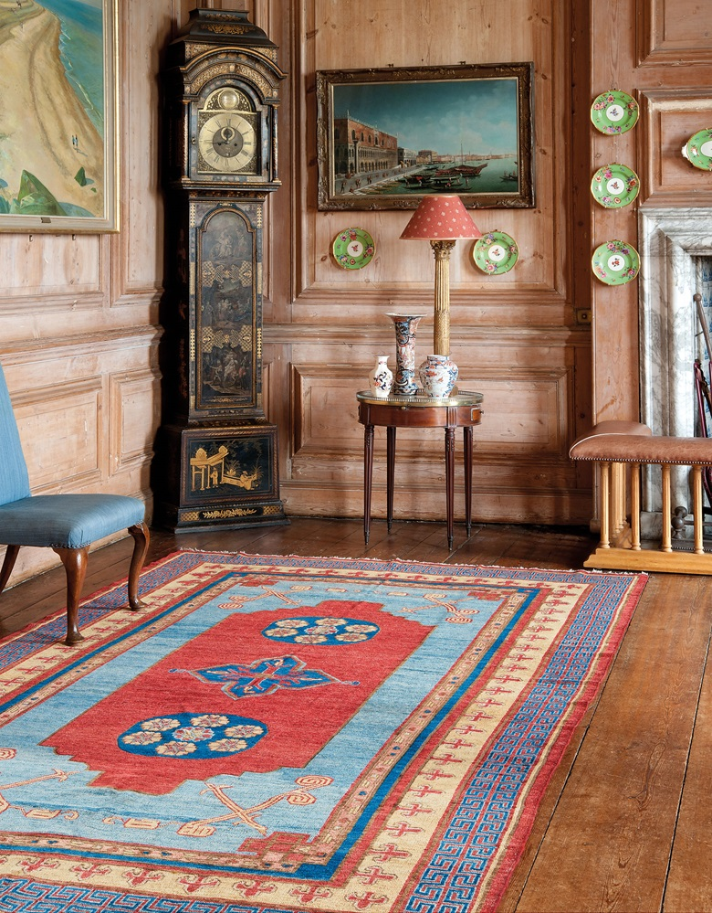 Rugs and carpets why vintage beats contemporary christie 39 s for 18th floor blue october