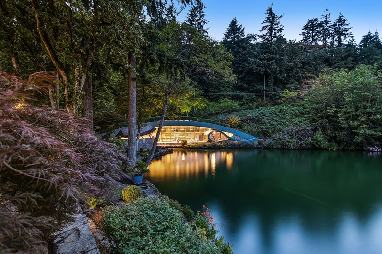 Luxury Living Frank Lloyd Wright Inspired Homes Christie S