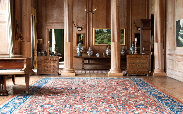 Why a vintage carpet beats all auction at Christies
