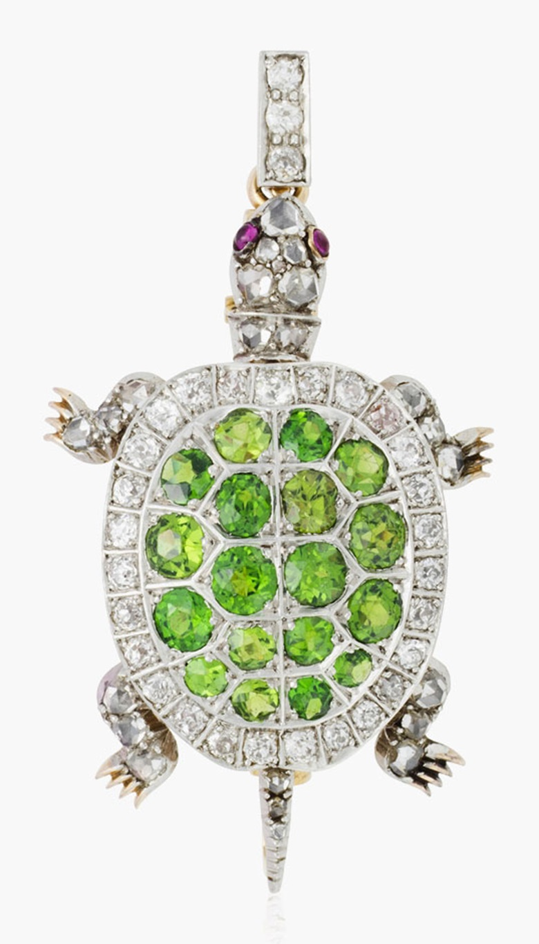 Antique diamond and demantoid garnet turtle pendant brooch. Estimate $2,000-3,000. This lot is offered in Christies Jewels Online, 12-20 October 2016, Online
