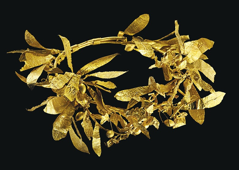 A Greek gold olive wreath. Late classical period to early hellenistic. 9½ in (24.1 cm) wide. Estimate $250,000-350,000. This lot is offered in Antiquities on 25 October 2016 at Christie's in New York, Rockefeller Plaza