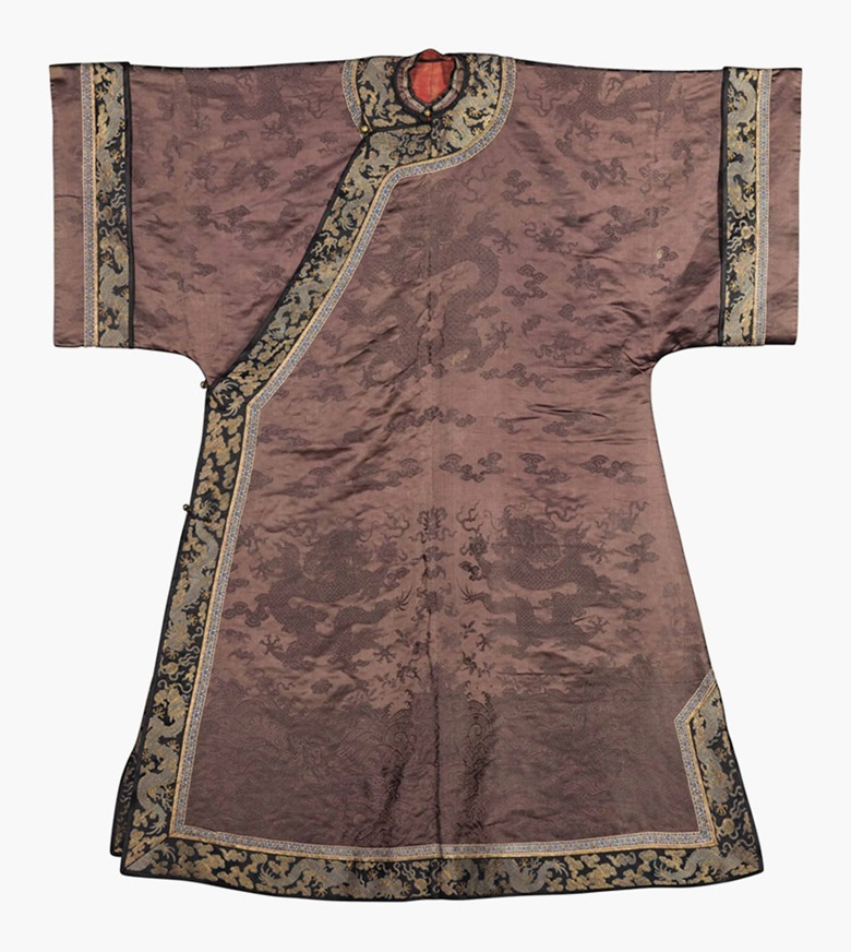A chestnut-ground damask informal robe. 19th century. This lot was offered in Chinese Ceramics, Works of Art and Textiles Part II on 11 November 2016 at Christie's in London