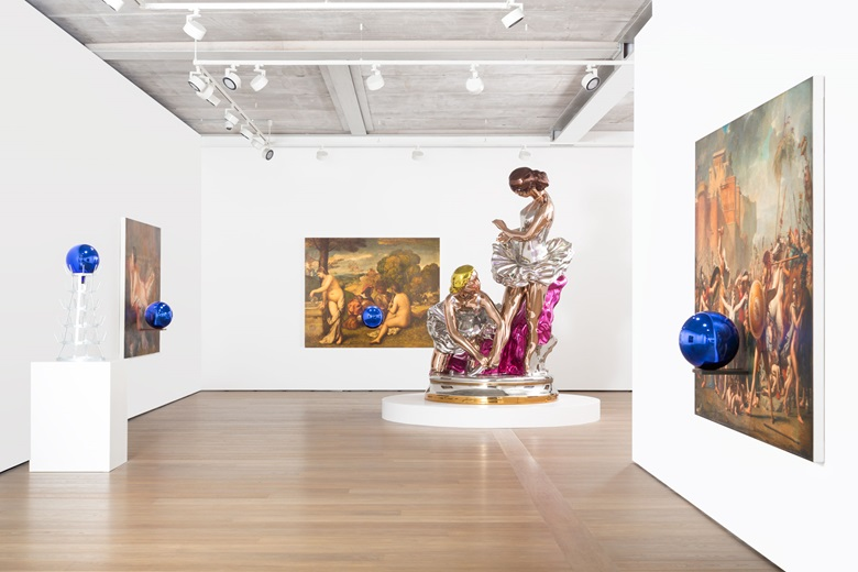 Jeff Koons. View of the exhibition Jeff Koons, Almine Rech Gallery, London. Courtesy of the artist and Almine Rech Gallery. Photo Melissa Castro Duarte