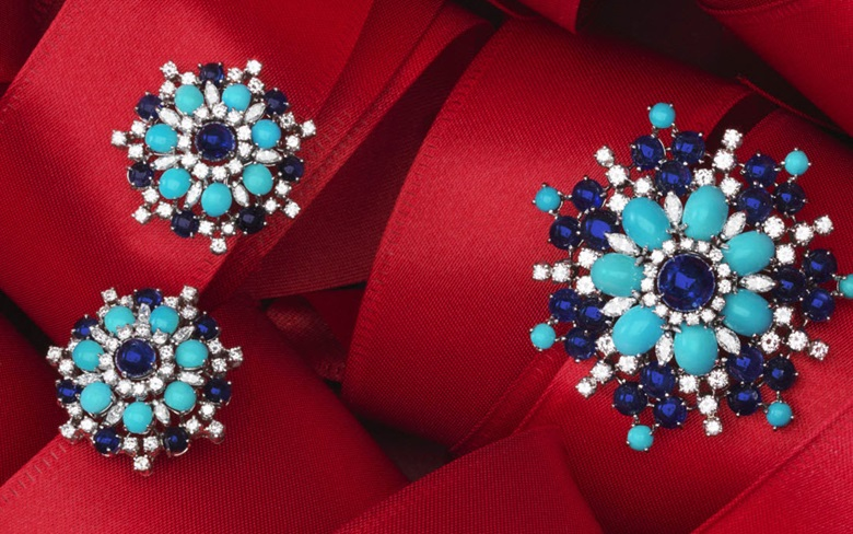 Set of turquoise, sapphire and diamond jewellery. Estimate $1,500-2,500. This lot is offered in December Jewels Online, 1-9 December 2016, Online