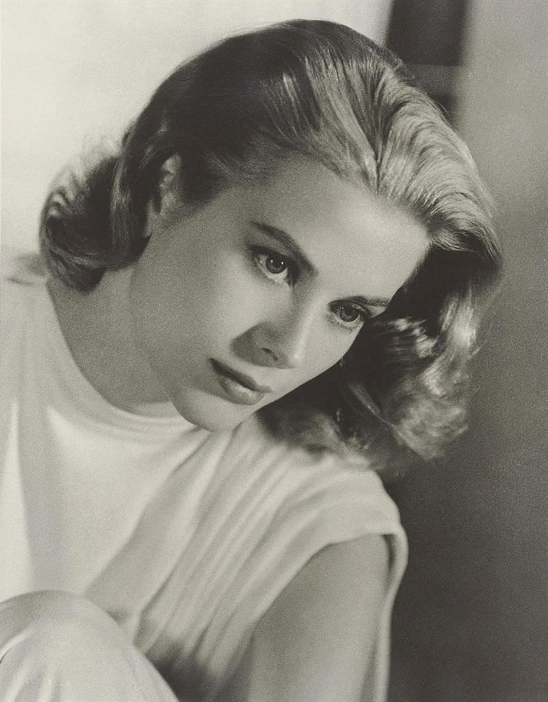 Clarence Sinclair Bull (1896–1979), Grace Kelly, 1956. Blindstamped photographers credit (recto); stamped photographers credit and variously annotated in pencil (verso), image 13⅛ x 10¼ in (33.5 x 26.2 cm), sheet 14 x 11 in (35.4 x 28 cm). Estimate $1,500-2,500. This lot is offered in Photographs The Classics, 6-15 December 2016, Online. © The John Kobal Foundation