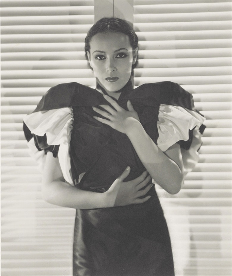 Ernest Bachrach (1899–1973), Dolores del Rio 1933. Stamped photographers copyright credit (verso), image 12 x 10 in (30.5 x 25.4 cm), sheet 13¾ x 11 in (35.3 x 28 cm). Estimate $800-1,200. This lot is offered in Photographs The Classics, 6-15 December 2016, Online. © The John Kobal Foundation