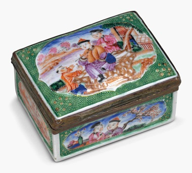 A green-ground famille rose porcelain snuff box. Qianlong period (1735-96). 3⅛ in (7.9 cm) long. This lot was offered in Chinese Export Art on 18 January 2017 at Christie's in New York and sold for $5,250