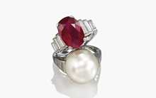 Sell with Christie's: Jeweller auction at Christies