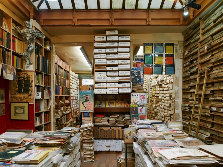 At the heart of La Galcante is a stack of box files with material related to writers ranging from Camus to Conan Doyle, Sartre to Simenon