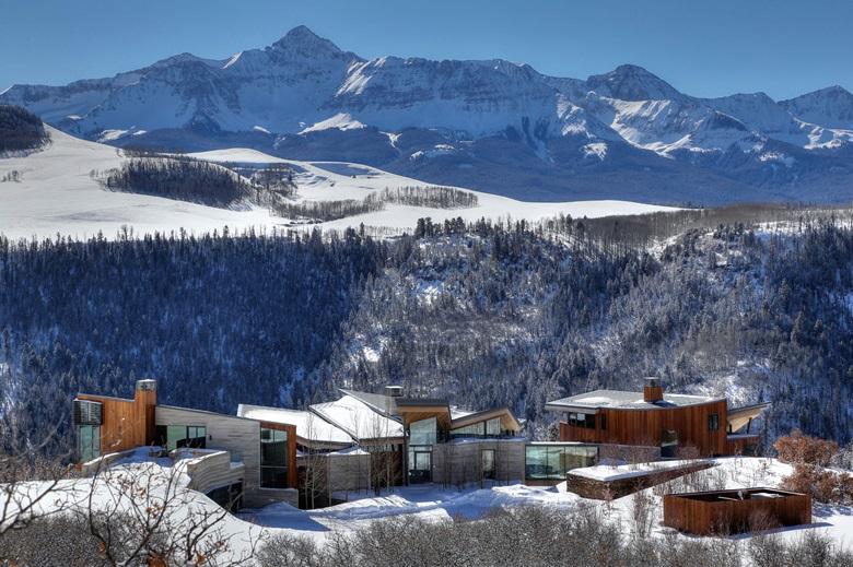 homes in ski resort destinations luxury living christie 39 s. Black Bedroom Furniture Sets. Home Design Ideas