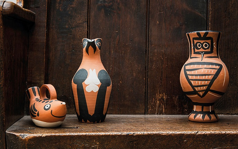 Pablo Picasso (1881-1973), Sujet poisson (A.R. 139). Terracotta pitcher with black and white engobe, length 8 in (20.4 cm). Estimate £2,500-3,500. Pablo Picasso (1881-1973), Pichet Yan (A.R. 140). Terracotta pitcher with black and white engobe, height 10⅜ in (26.5 cm). Estimate £3,000-5,000. Pablo Picasso (1881-1973), Chouette mate (A.R. 405). Terracotta vase, partially
