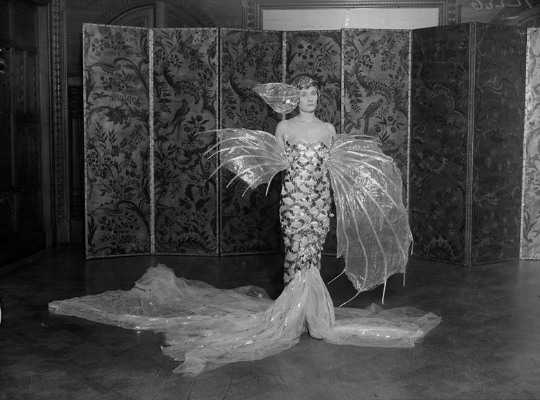 Doris Castlerosse in mermaid costume at a ball in 1929. Photos Fox PhotosGetty Images