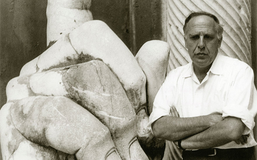 Philip Guston, Rome, 1960. Photo Virigina Dortch Photo © The Estate of Philip Guston. Courtesy Hauser & Wirth