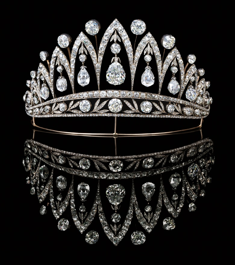 A magnificent antique diamond tiara, by Fabergé. Sold for £1,050,400 on 13 June 2007 at Christie's London