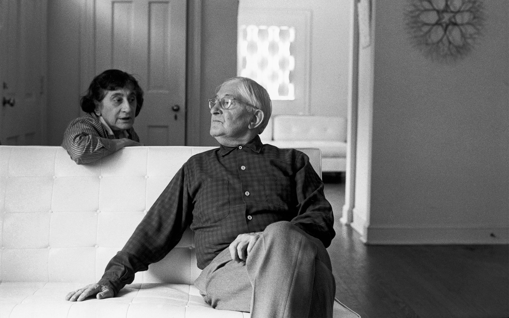 Anni and Josef Albers photographed at home by Henri Cartier-Bresson in 1968. Photo © Henri Cartier-Bresson  Magnum Photos
