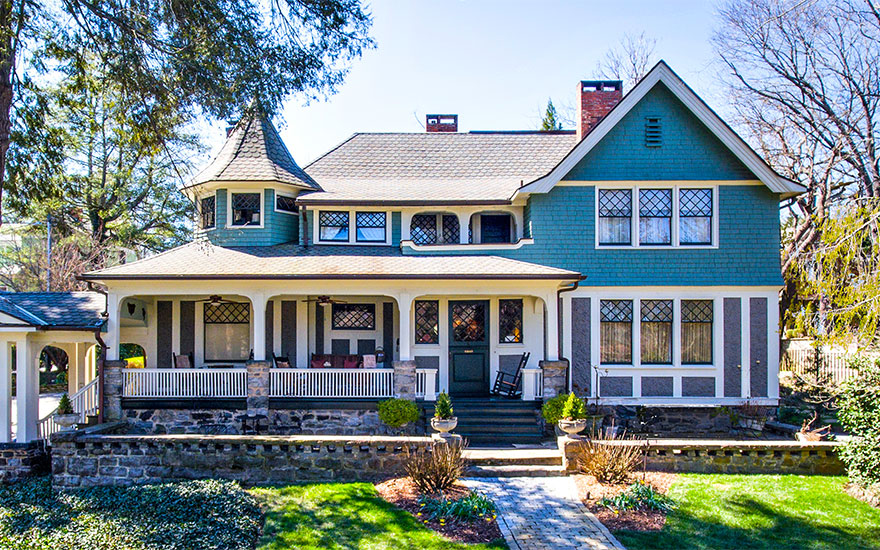 Luxury Living Queen Anne Revival homes