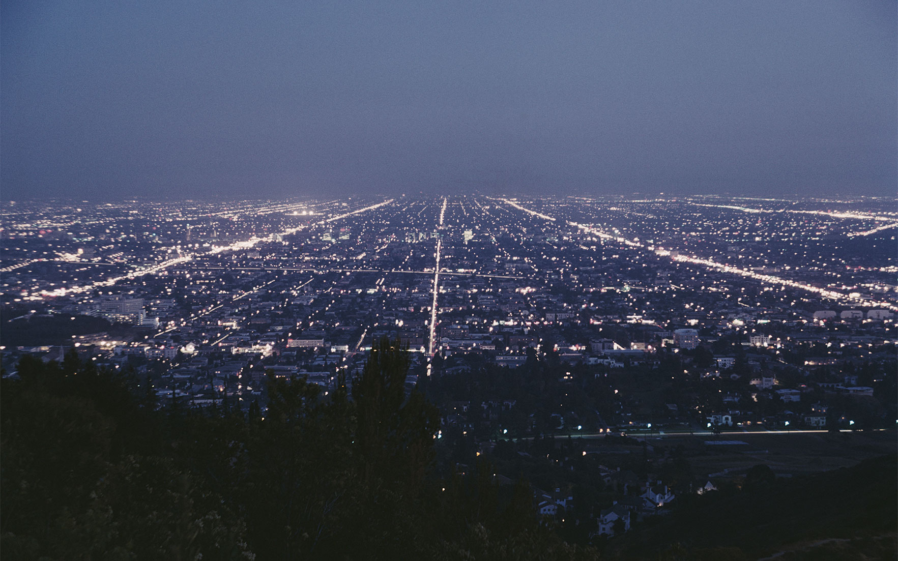 Aerial view of Los Angeles at night from the Griffith Observatory, Los Angeles, California, circa 1962. Photo Archive PhotosGetty Images