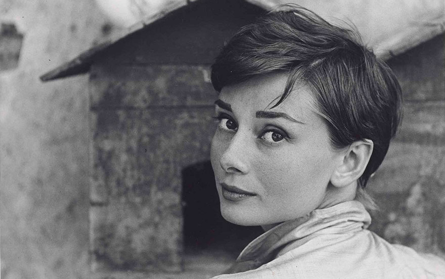 Philippe Halsman (1906-1979), Audrey Hepburn, Italy, July 1955 (detail). Gelatin silver print. 13½ x 10⅝ in (34.2 x 27 cm). Estimate £2,000-3,000. This lot is offered in Audrey Hepburn