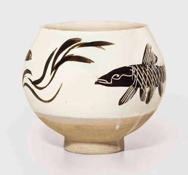 A painted and incised Cizhou deep bowl, Northern Song-Jin Dynasty (960-1234) 5¼ in (13.2 cm) high. Sold for $785,000 on 15 September 2016 at Christies New York