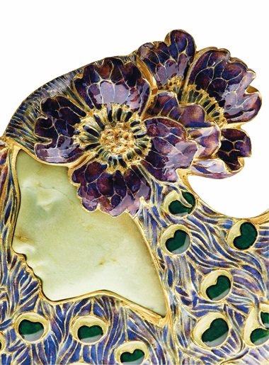 An Art Nouveau enamel, chrysoprase and pearl brooch, by René Lalique, circa 1898-1899. This lot was offered in Beyond Boundaries Magnificent Jewels from a European Collection on 13 November 2017 at Christie's in Geneva and sold for CHF 324,500