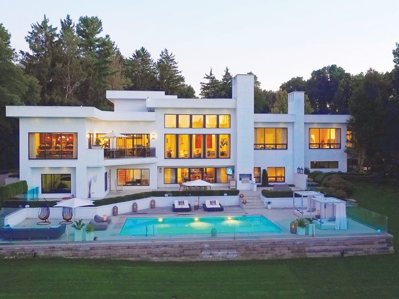 Luxury Living: Contemporary Architecture | Christie\'s